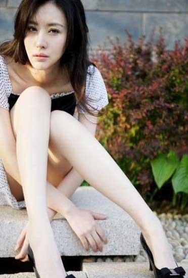 田朴珺在专栏中称陈可辛闺蜜、相识超过10年,更透露不少他的贴身隐私。